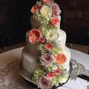cake flowers by Callie Hobbs